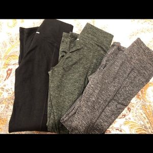 3 pairs of size small yoga pants